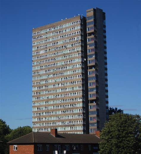 appartments uk file block of flats bermondsey geograph org uk 1483743 jpg wikimedia commons