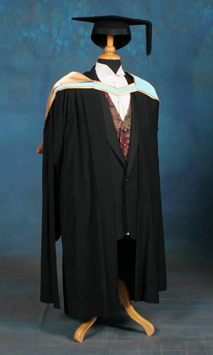 academic dress graduations
