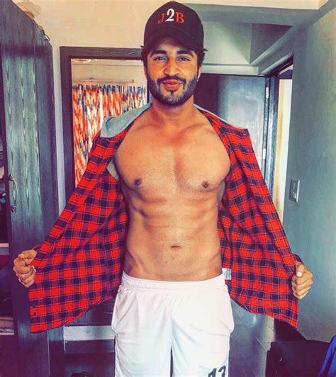 jassie gill caution too hot to handle jassie gill and his sexiness