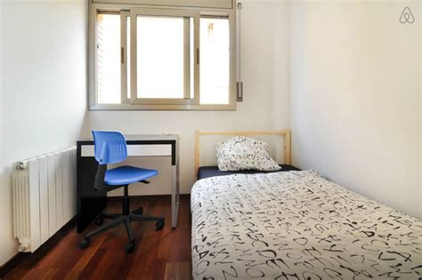 single room rent single room to rent in new house room for rent barcelona
