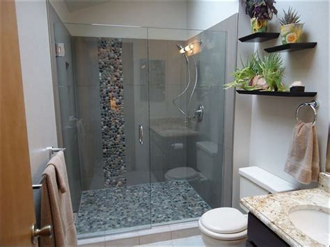 Walk In Shower Ideas For Small Bathrooms by Walk In Shower Ideas For Small Bathrooms Keytostrong