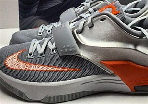 Orange Weiã Verkauf Im Schuhe Nike Kd 7 Pbj Peanut Butter Und Jelly Hyper Grape Fuchsia Team P 366 kd 7 for verkauf wholesale
