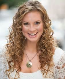 longer hairstyles for 40 with frizzie hair 35 long layered curly hair hairstyles haircuts 2016 2017