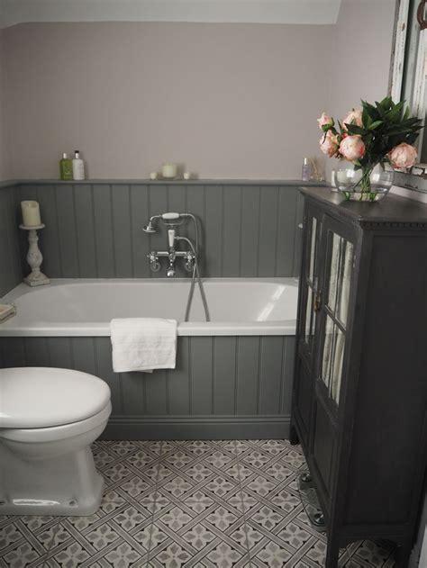Bathroom Ideas Grey by Best 25 Grey Bathroom Decor Ideas On Half