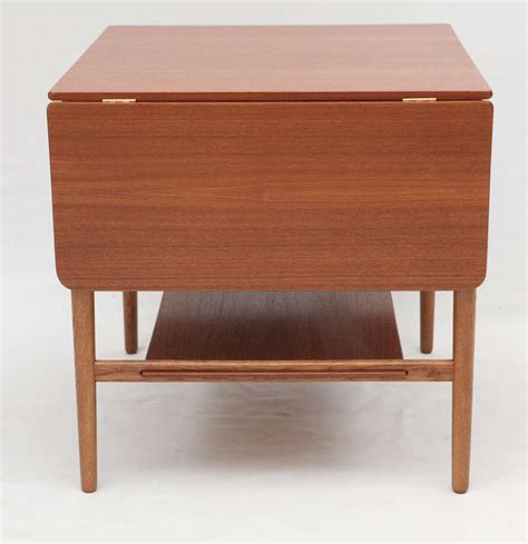 Drop Leaf Side Table Hans Wegner Drop Leaf Side Table At 1stdibs