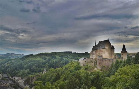 beautiful castles 5 beautiful castles in europe you have to explore
