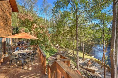 River Cabins In by River Mist Rental Cabins Serving Sevierville Gatlinburg