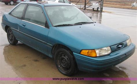 how to fix cars 1995 ford escort free book repair manuals 1995 ford escort information and photos momentcar