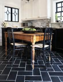 Also love the rustic farm table mixed with the black and stainless