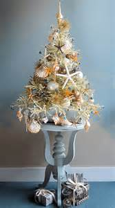 Tree decorator darryl moland creates the most marvellous mini trees
