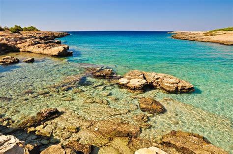 spiaggia porto selvaggio salento la spiaggia di porto selvaggio mare e natura incontaminata