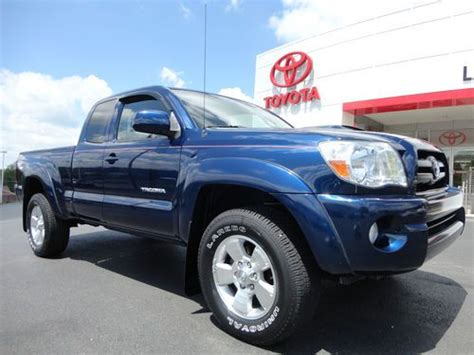 how cars engines work 2006 toyota tacoma on board diagnostic system sell used 2006 tacoma access cab 4 0l v6 6 speed manual 4x4 trd sport blue 1 owner video in