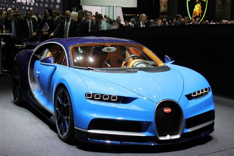 2017 Bugatti Chiron The 2 5 Million 1500 Hp Son Of