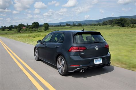 gti volkswagen 2018 2018 volkswagen golf gti image photo 8 of 19