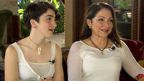 Prairie Style House by Gloria Estefan S Daughter Emily Wants To Do The Past
