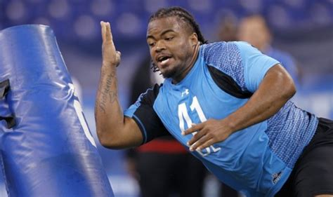 justin ernest bench press dt dontari poe impresses at combine with bench press 40