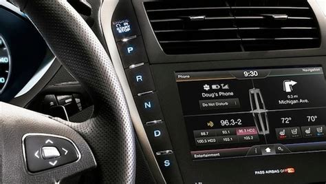 lincoln mkz shifter lincoln reimagines the gear shifter with the new 2013 mkz