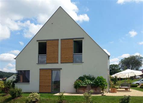 Bauhausstil Mit Satteldach by Efficiento 174 H 228 User Eg Holzhaus De