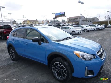 blue subaru 2017 hyper blue subaru crosstrek 2 0i 119355197 photo 15