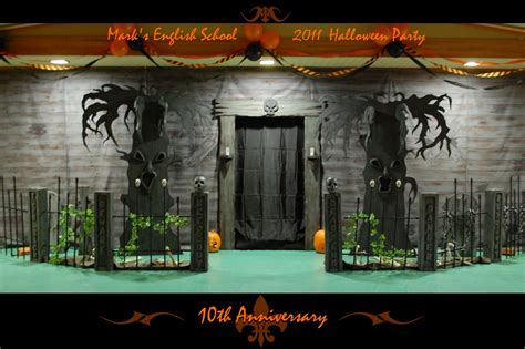 halloween haunted houses haunted house halloween party haunted house decorations and pokemon theme costumes