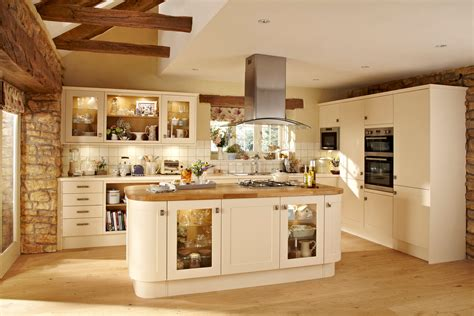 quality kitchens magnet kitchen howdens kitchen fitters installers in southon romsey