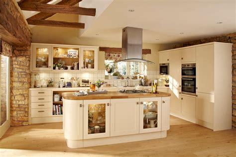 Quality Kitchens, Magnet Kitchen, Howdens kitchen fitters