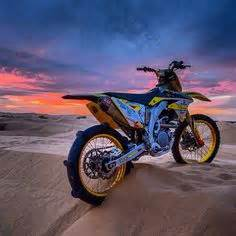 Dirt Bike Paddle Tire And Sand Dirt On Sand Rail Atv And Atvs