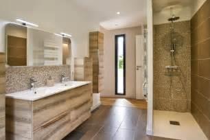 davaus net idee salle de bain appartement avec des