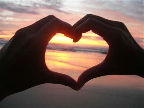 imagenes tiernas de amor en la playa imagen de amor en la playa