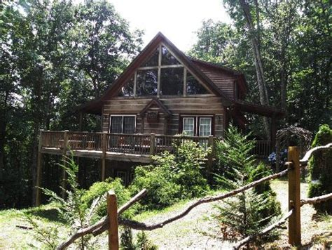Cabin Rentals West Jefferson Nc by 3 Bed 2 Bath Nc Mountain Cabin For Sale West Jefferson Nc