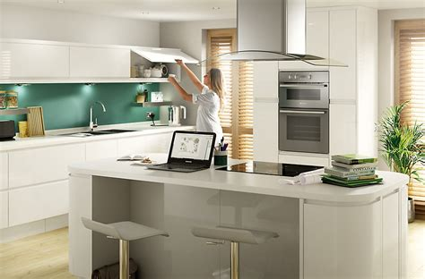 cooke and lewis kitchen cabinets cooke lewis appleby high gloss white with integrated