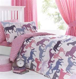 bedding with horses 17 best ideas about bedding on