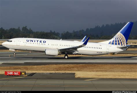 united airlines military com n73278 united airlines boeing 737 800 at seattle tacoma