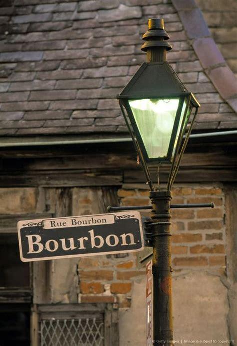 bourbon street light works rue bourbon new orleans laissez les bon temps rouler