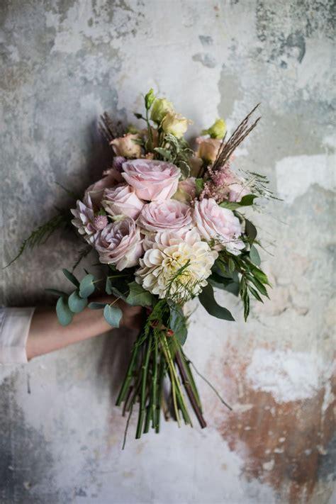 Vintage Flower L by 25 Best Ideas About Vintage Flowers On Floral