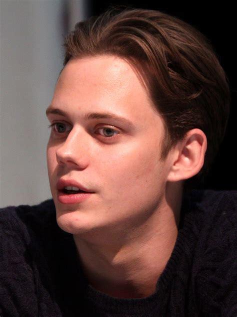 Erik Selving - conoce a bill skarsgard el guapo actor detr 225 s de eso el payaso asesino pmcanal5 producci 243 n