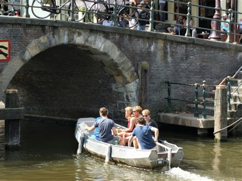 boat rental amsterdam amsterdam canal boat hire at boats4rent best rates and