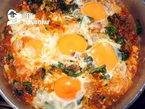 yumurta tarifi ispanaklı yumurta tarifi bizbayanlar com