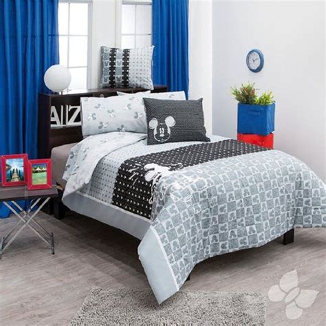 disney bedding for adults 1000 ideas about disney bedrooms on pinterest disney