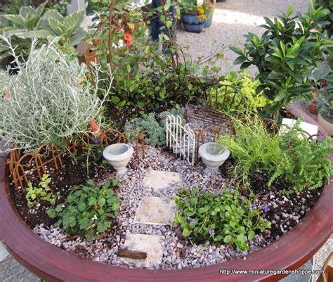 Miniature Garden Ideas Ferdian Beuh Garden Landscaping Cost