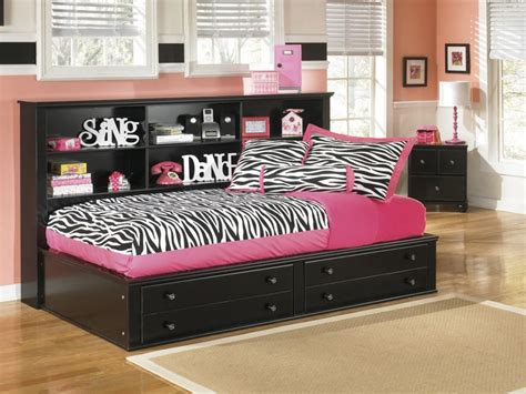 girls day bed the suitability of the daybeds for girls jitco
