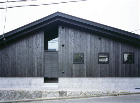 designboom naruse angled planes of naruse house by mds create spatial distortion