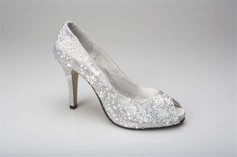 Silver Wedding Shoes For by Silver Bridal Shoes With Rhinestones Ideal Weddings