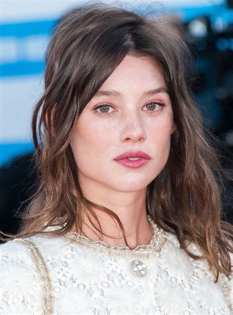 àstrid bergès frisbey spanish actress celebrity biography and photos astrid berges frisbey