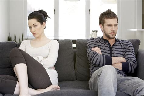 Couples Re Relationship 3 Signs You Re In A Clingy