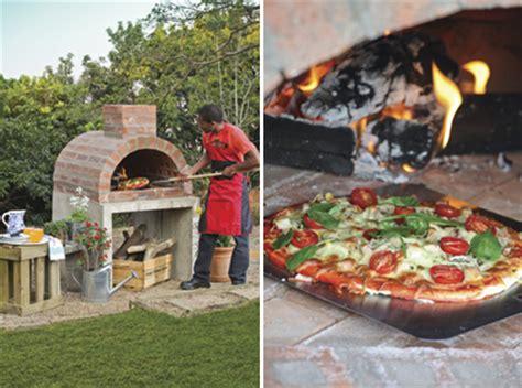 backyard pizza diy backyard brick pizza oven pizza pizzazz brilliant diy