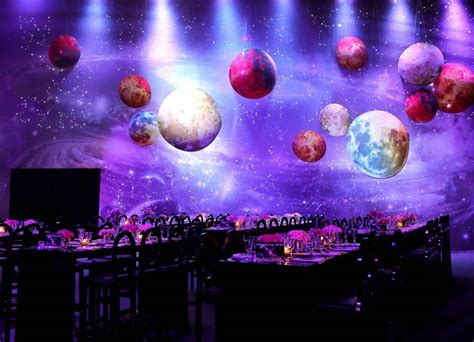RAYAN AND REEM?S JAW DROPPING SPACE THEMED WEDDING