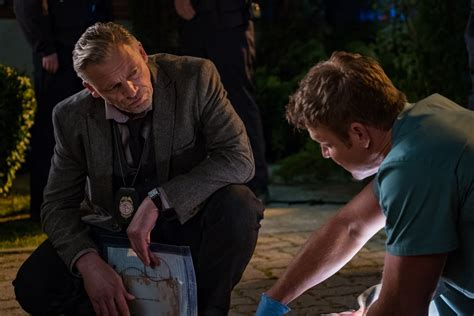 where to download movies jigsaw by matt passmore and tobin bell callum keith rennie as quot halloran quot and matthew passmore as quot logan quot in jigsaw 255 confusions and