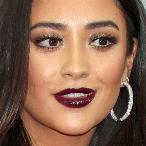 shay mitchell makeup bronze eyeshadow brown eyeshadow