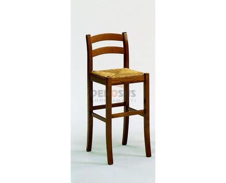 sgabelli in legno arte povera sgabello arte povera fondo paglia sedie in arte povera